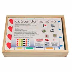 Cubos de Memória em Madeira